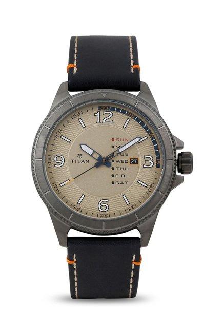 Titan 1701QL02 Analog Watch for Men