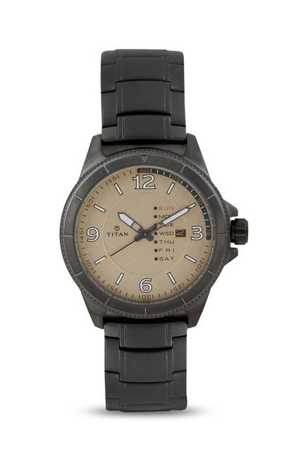 Titan 1701QM01 Analog Watch for Men
