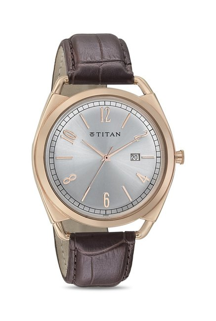 Titan 1675WL01 Classique Retro Analog Watch for Men