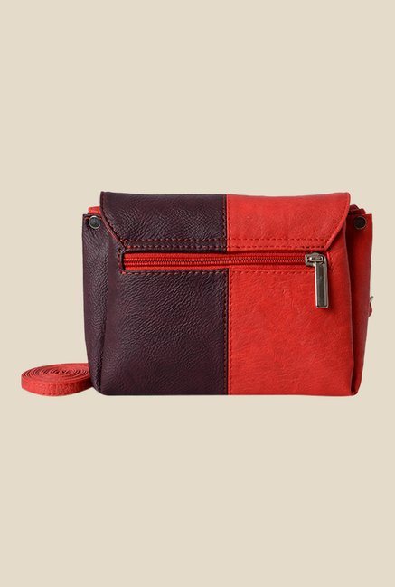 Buy Baggit Tracker Forestdew Red Synthetic Sling Bag Online At ...