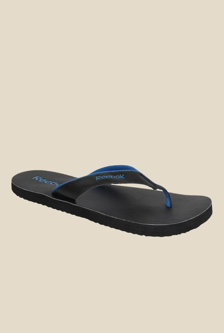 aaa63343c16862 Buy Reebok Advent II Black Flip Flops for Men at Best Price   Tata CLiQ