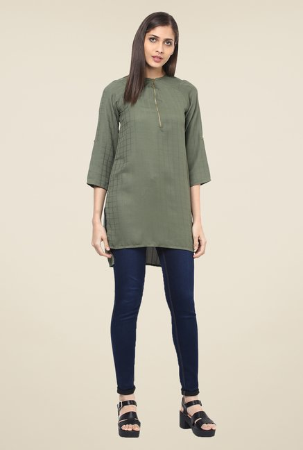 109 F Olive Checks Tunic