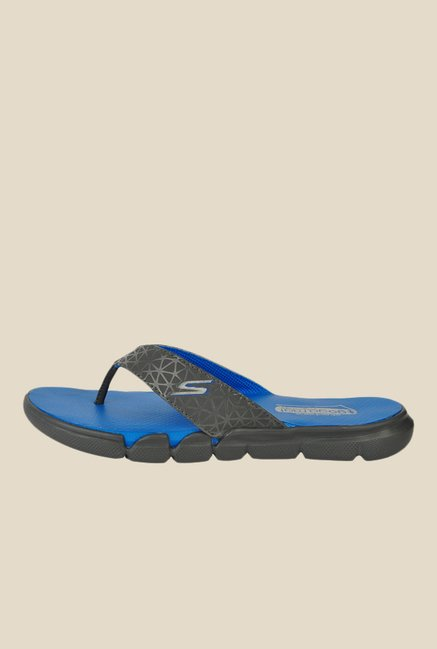 20bc88c1c Buy Skechers Go Bionic Hollister Black   Blue Flip Flops for Men at Best  Price   Tata CLiQ