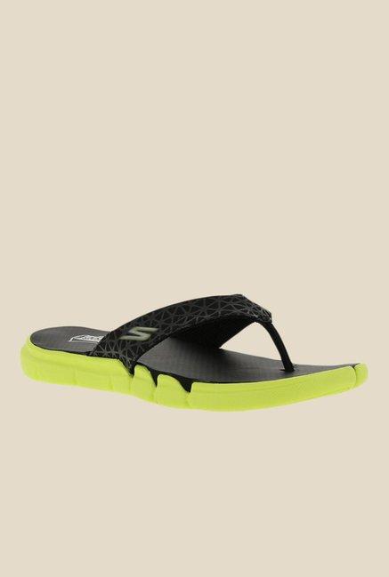 a51a377d7d07 Buy Skechers Go Bionic S Motion Black Flip Flops for Men at Best Price    Tata CLiQ
