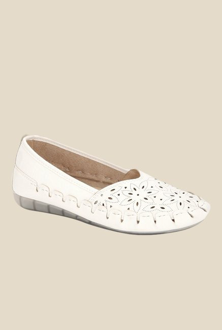 ee8c6964265 Buy Yepme White Casual Shoes for Women at Best Price   Tata CLiQ