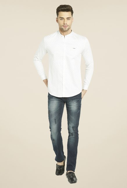 Globus up to 80% off on Menswear By Tatacliq