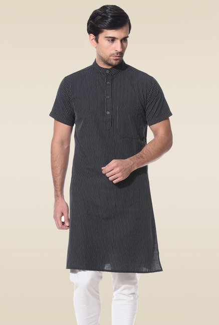 Abhiyuthan Black Jacquard Half Sleeves Kurta