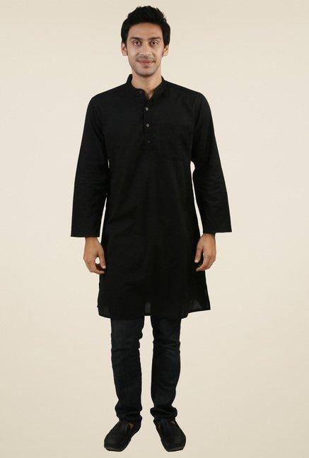 Abhiyuthan Black Solid Kurta