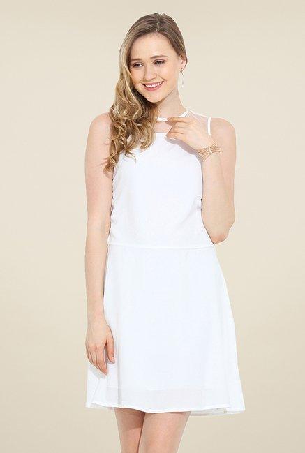 Trend Arrest White Solid Dress