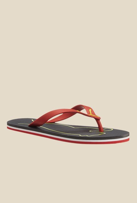c2f599b59ab4 Buy Puma Luca DP Red   Black Flip Flops for Men at Best Price   Tata CLiQ