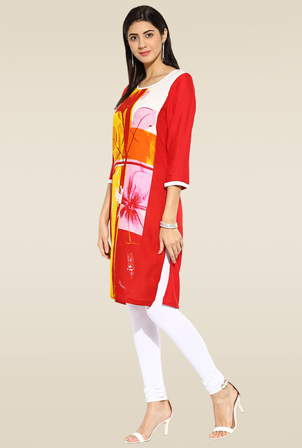 Mytri Red 3/4th Sleeves Kurta