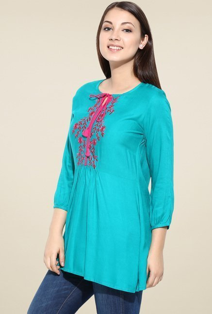 Avaana Green Short Kurta