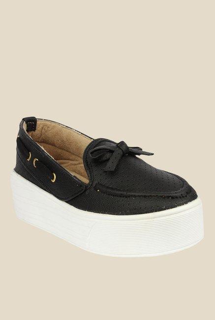 6ada5ffb90 Buy Shoetopia Van Bow Black Boat Shoes for Women at Best Price   Tata CLiQ
