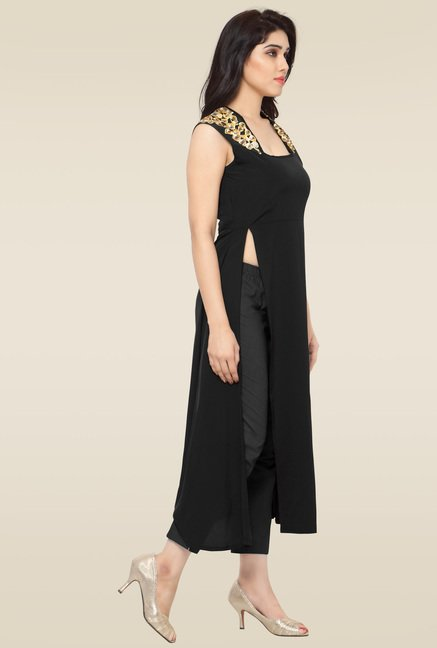 Ahalyaa Black Sleeveless Kurti