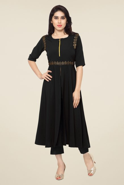 Ahalyaa Black Embroidered Kurta