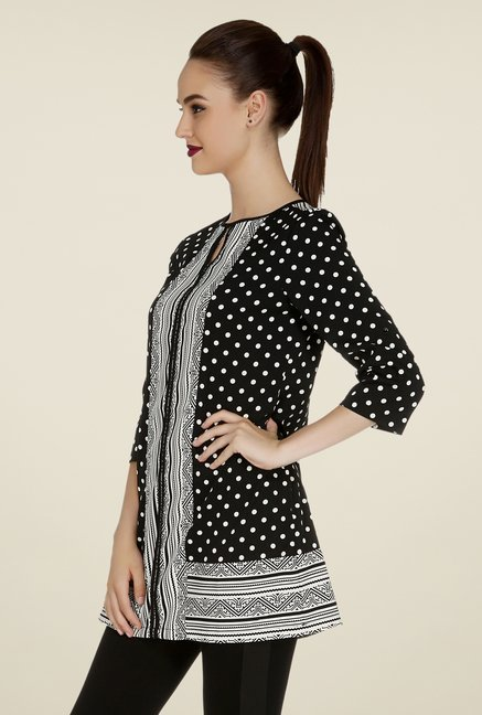 109 F Black & White Printed Tunic