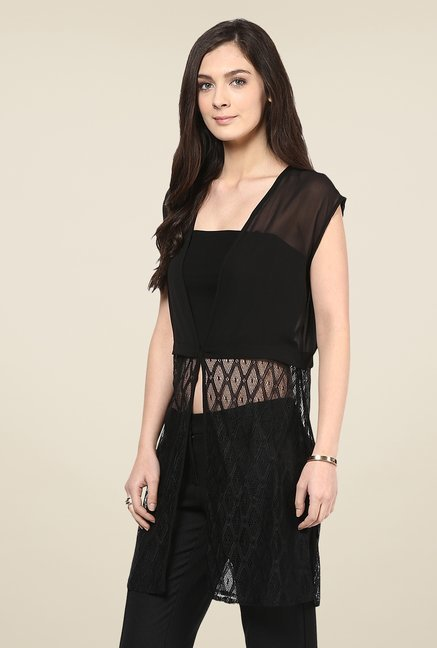 109 F Black Lace Shrug