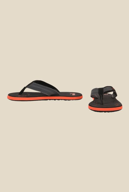 d93c6e35e0f Buy Puma Breeze NG DP Black   Orange Flip Flops for Men at Best ...