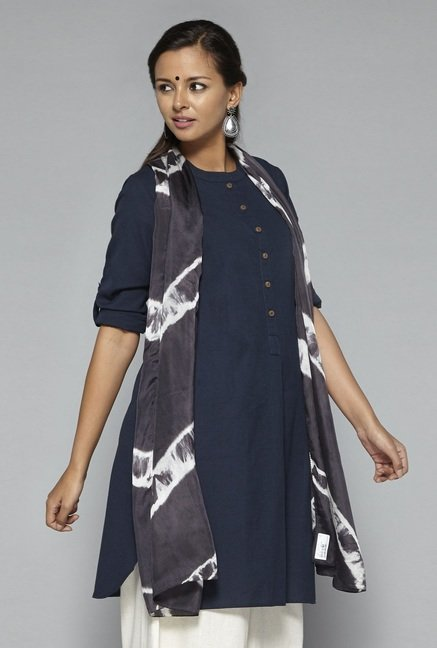 Okhai Grey Marble Sky Naturally Dyed Silk Stole