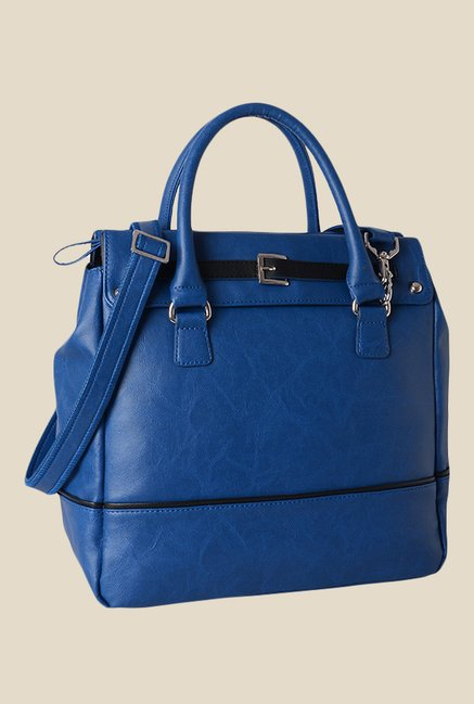 Baggit Trump Bindas Blue Solid Kelly Handbag