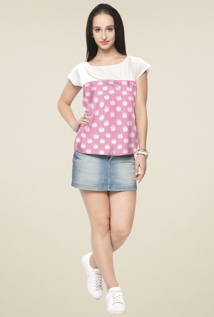 Ahalyaa White & Pink Floral Printed Top