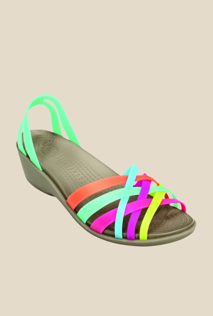 cae59760f53ce Buy Crocs Green   Mushroom Casual Sandals for Women at Best Price   Tata  CLiQ