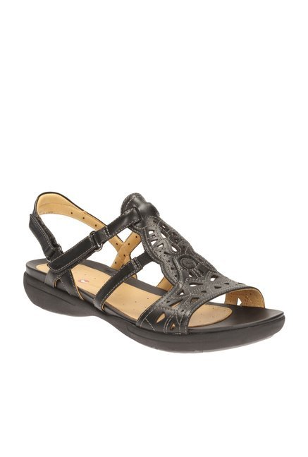 a15f5021e55 Buy Clarks Un Valencia Black Back Strap Sandals for Women at Best ...