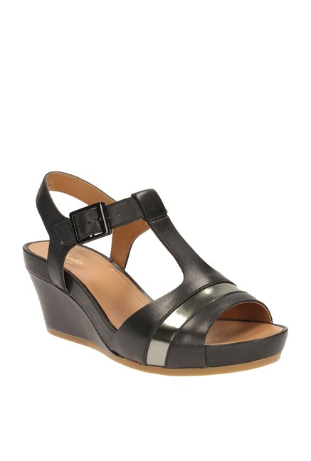 3396e044915c29 Buy Clarks Rusty Rebel Black T-Strap Wedges for Women at Best Price   Tata  CLiQ