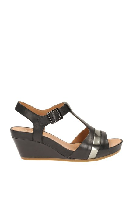 07f9eb468205cf Buy Clarks Rusty Rebel Black T-Strap Wedges for Women at Best Price ...