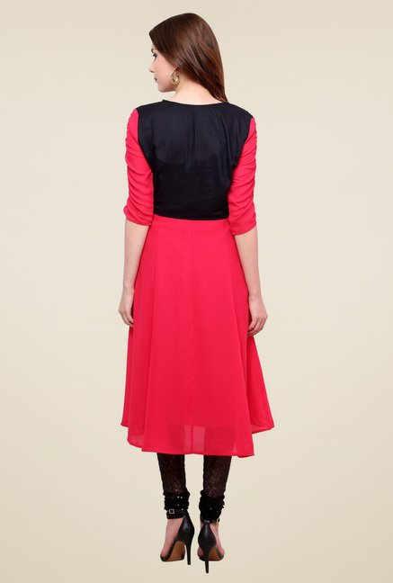 Pannkh Pink Regular Fit Elbow Sleeves Kurti