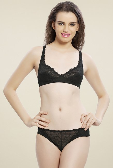 ff96408246 Buy Lady Love Black Lace Lingerie Set for Women Online   Tata CLiQ
