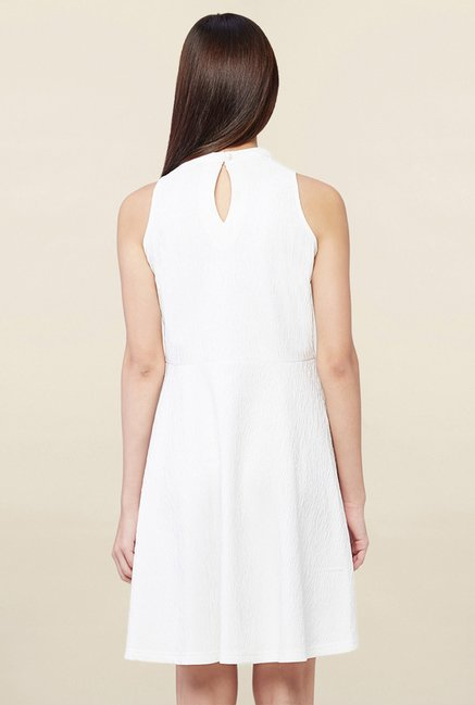 AND White Textured Dress
