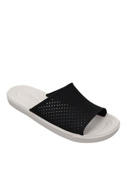 1543f18e12df Buy Crocs CitiLane Roka Black   White Casual Sandals for Men at Best Price    Tata CLiQ