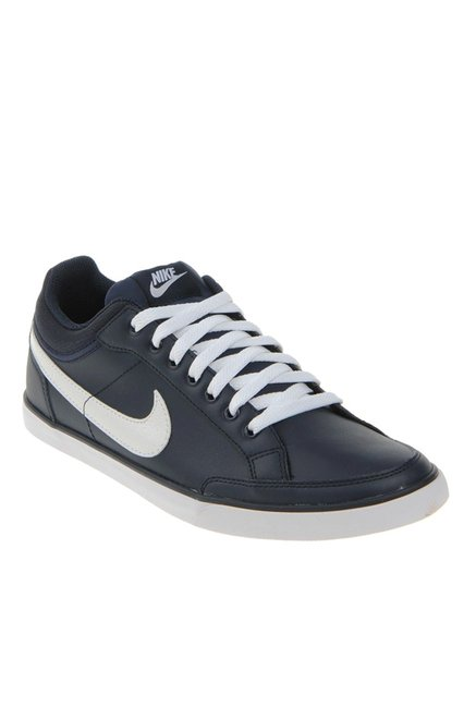 Buy Nike Capri III Low Black   White Sneakers for Men at Best Price   Tata  CLiQ 6f98a1b31