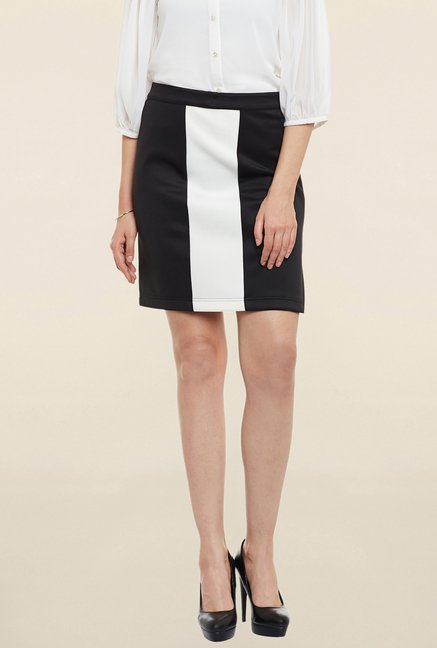 Cherymoya Black Solid Skirt