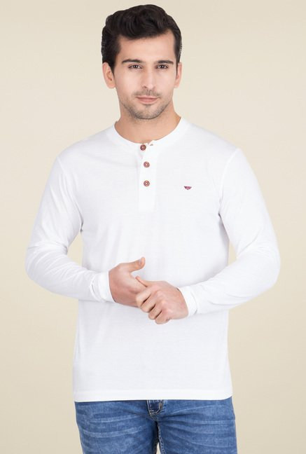 Buy Red Tape White Full Sleeves Henley Solid T-Shirt for Men Online   Tata  CLiQ 9b635591489