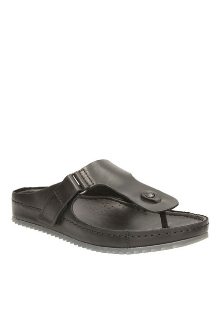 b5659592c9b Buy Clarks Netrix Flip Black T-Strap Sandals for Men at Best Price   Tata  CLiQ