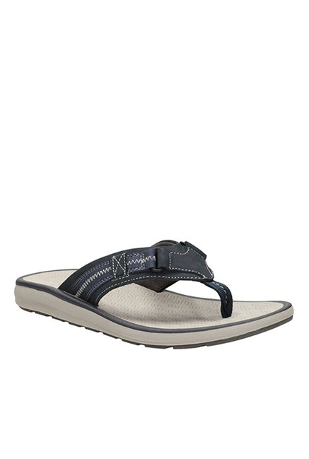 c61729a8281c Buy Clarks Kernick Beach Navy   White Thong Sandals for Men at ...