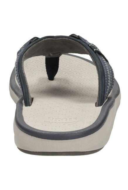 e0f118d226ef Buy Clarks Kernick Beach Navy   White Thong Sandals for Men at Best ...