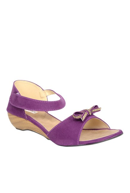 a48b17d89f28 Buy Ethnoware Purple Ankle Strap Wedges for Women at Best Price   Tata CLiQ