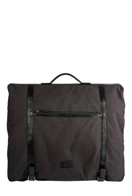 e46d6385ba71 Buy Hidesign Borjigin 02 Black Leather Garment Bag For Men At Best ...