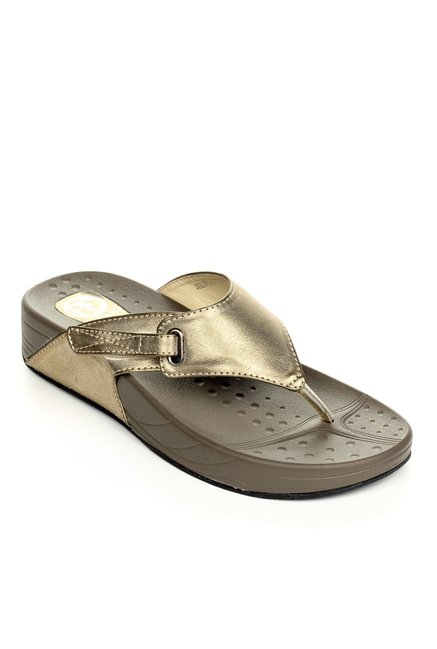 43a8414b048 Buy Pavers England Golden Thong Sandals for Women at Best Price   Tata CLiQ