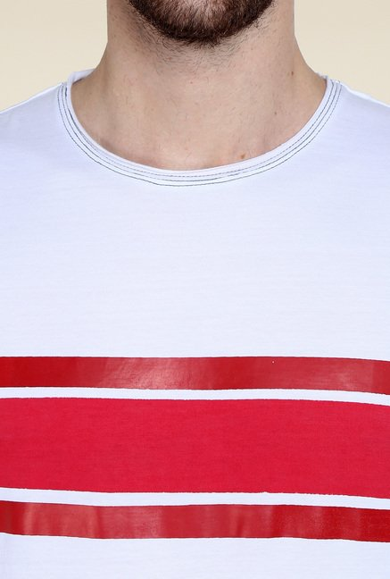 Cult Fiction White & Red Regular Fit T-Shirt