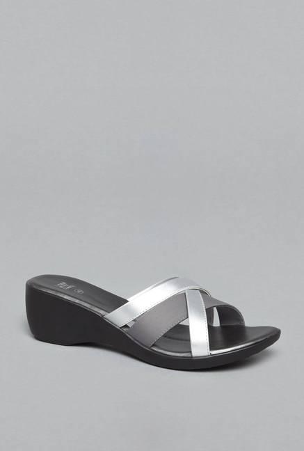 d62d24edb5f4 Buy Head Over Heels by Westside Silver Cross Strap Sandals For Women ...