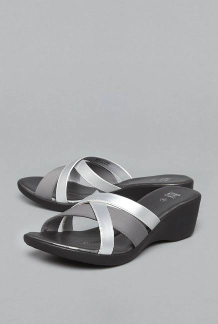 5e79d1262fb6 Buy Head Over Heels by Westside Silver Cross Strap Sandals For Women Online  At Tata CLiQ