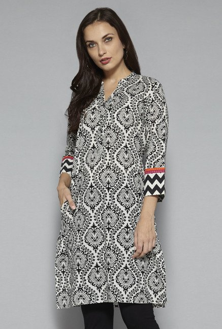 Utsa by Westside Black Pure Cotton Printed Kurta