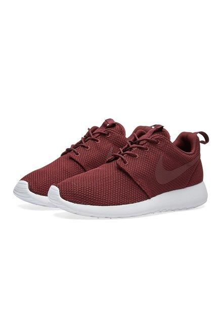 best website 4a810 18fde Buy Nike Roshe One Night Maroon Sneakers for Men at Best ...