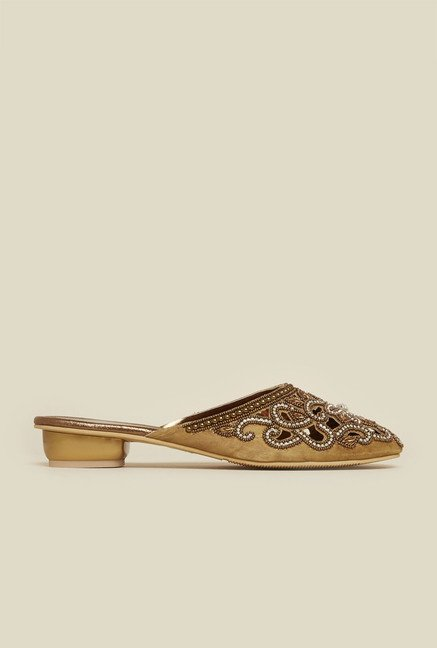 b1c0a23d49186 Buy Mochi Antique Gold Flat Sandals for Women at Best Price   Tata CLiQ