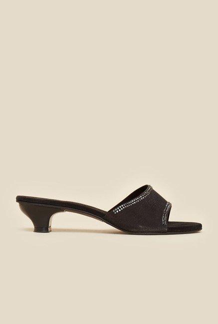 d1f95f1cbd3 Buy Metro Black Ethnic Sandals for Women at Best Price   Tata CLiQ