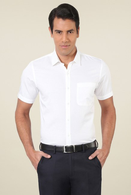 Peter England White Checks Half Sleeves Shirt